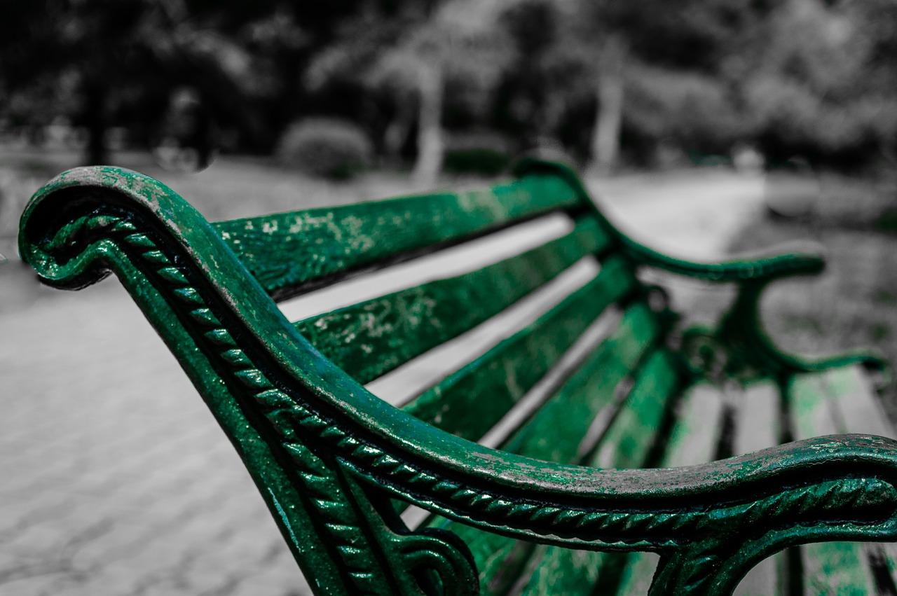 「公園にて」  村上 龍